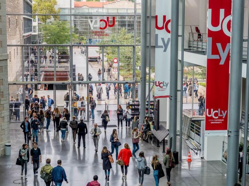 Trường Thương mại ESDES - Đại học Công giáo Lyon (UCLy)