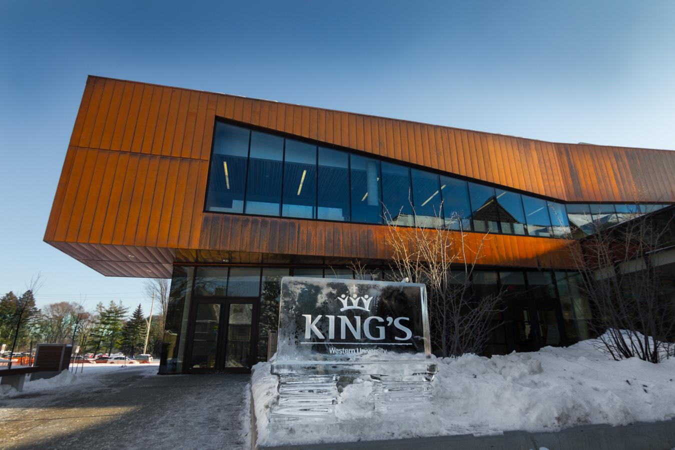 Học bổng 4.500CAD tại KING'S UNIVERSITY COLLEGE, ONTARIO